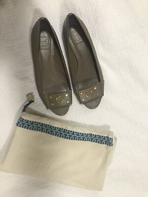 AUTHENTIC TORY BURCH Leather Peep Toe Flat Shoes - Beige/Light Brown - Size 8