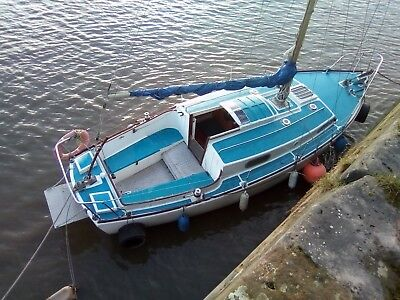 27 feet Westerly sailing boat