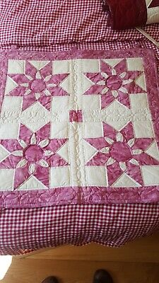 Hand sewn Amish style quilt wall hanging made in the UK handmade patchwork