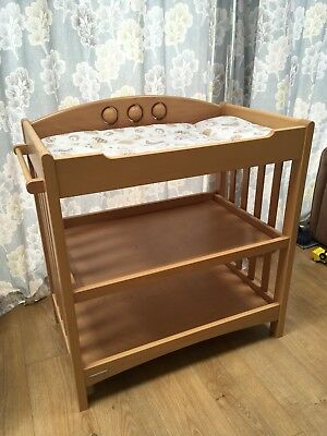 Mamas and Papas Baby Changing Dresser Station Unit Table