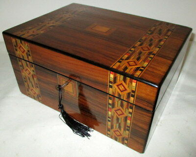 LOVELY ANTIQUE WALNUT & BANDED BOX with key