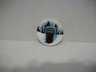 Coca Cola Icicle Refrigerator Magnet-Round Vinyl With Glass Of Coca Cola 1996