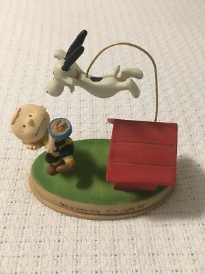 """Hallmark PEANUTS Charlie Brown & Snoopy """"It's a New Day-Dive Right In"""" FIGURINE"""