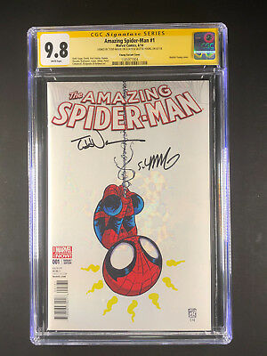 Amazing Spider-Man 1 CGC 9.8 signed Skottie Young Todd Nauck Variant Cover