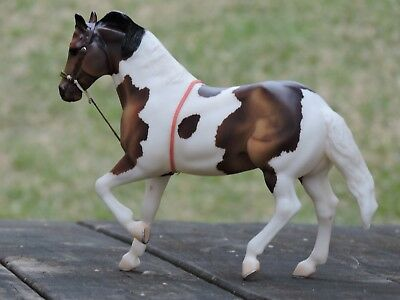 Tie Down Gaming Western Custom Tack Traditional sized Breyer Peter Stone Resin