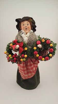 Byers Choice Female Caroler with Wreaths 2004