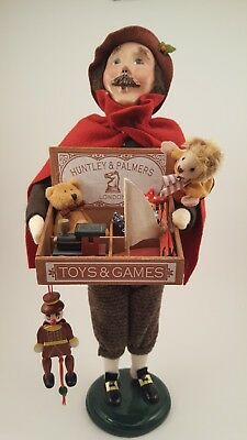 Byers Choice Male Caroler Toy Peddler with Box of Toys 2005