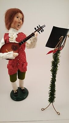 Byers Choice Male Caroler Williamsburg Musician with Guitar and Music Stand 2003