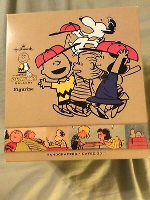 Peanuts Charlie Brown Hallmark Gallery Figurine Victory Is Oh So Sweet New I Box