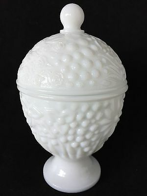 Vintage Avon White Milk Glass Berry Flowers Covered Candy Dish Sugar Bowl w/Lid