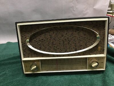 Antique Zenith Am/Fm Automatic Frequency Control Radio - WORKING