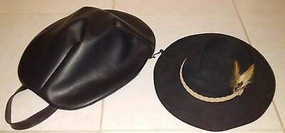 Black Snowy River Akubra hat with carry case
