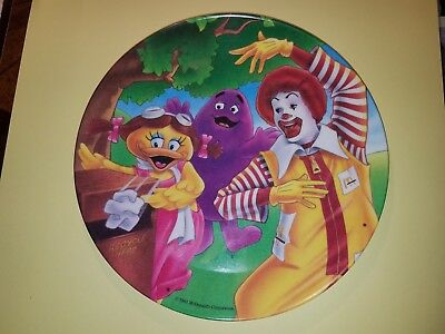 "1991 McDonald's 8"" Dia. Plastic Plate ""ReCycle Here"""