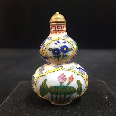 China Antique Ceramic hand-painted gourd-shaped snuff bottle