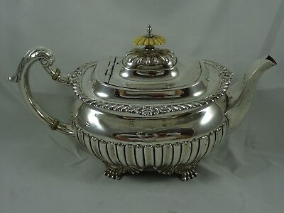 QUALITY, VICTORIAN silver TEA POT, 1899, 914gm