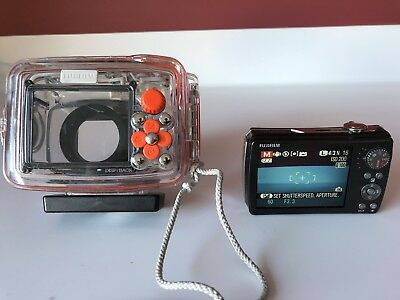 Fuji WP Waterproof Camera Housing Scuba Diving 40M  and Finepix 200 EXR Camera