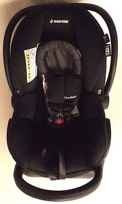 Car Seat Mico Max 30 Infant 1 to 30 lbs Maximum Comfort in Devoted Black