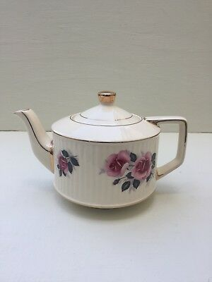 Sadler Vintage Round Roses Tea Pot With Some Crazing On The Lid
