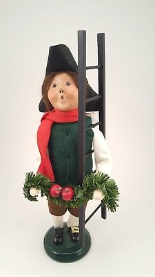 Byers Choice 2006 Williamsburg male child with garland and ladder