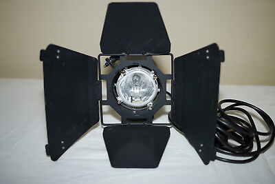 HEDLER video light up to 1250W Tungsten Halogen Light - second one I am selling