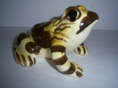 .VINTAGE BRUSH/McCOY POTTERY GARDEN OR LAWN FROG