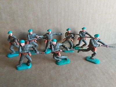 Vintage Timpo WW2 British Plastic Toy Soldiers 1960s Made In England Lot Of 8