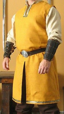 MEDIEVAL WARRIOR Costume KNIGHTS Tunic FF11