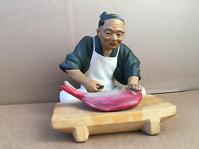 VINTAGE JAPANESE HAKATA Chef with Fish Rare scaling preparing figurine