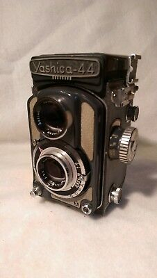 VGC  Yashica 44 TLR Copal Film Camera in Original Case with 60mm 1:3.5 Lens
