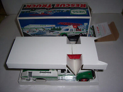 HESS 1994 TOY Rescue Truck with BOX