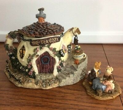 Boyds Bear Town The Tea Cozy. Euc
