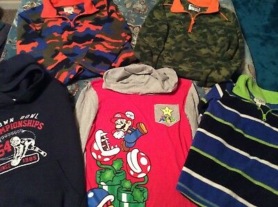 Boys, 7/8, 2 Hoodies And 3 Felt Shirts With Zipper Neckline,