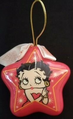 Vintage 2006 Betty Boop Star Ornament Christmas Holiday Red Plastic (C2)