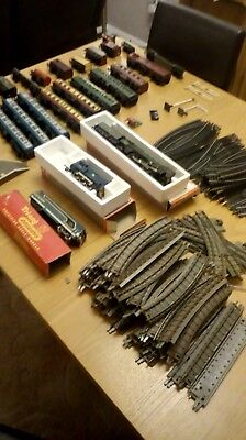 Hornby/triang /lima /trains/locos/ Carriages /track/accessories/ Vintage And New
