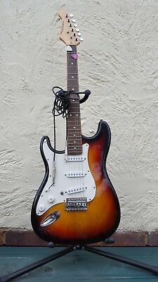 Pre-owned child LEFT HANDED electric guitar + stand Warriors guitars-collection