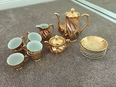 Avondale Australia/ Victoria Fine China Gold Coloured Tea Cup Set Espresso Size