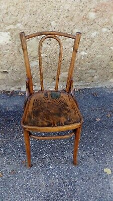 Chaise Bistrot Ancienne Thonet ?