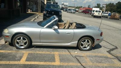 2000 Mazda MX-5 Miata  Mazda Miata mx5 6 speed manual convertible