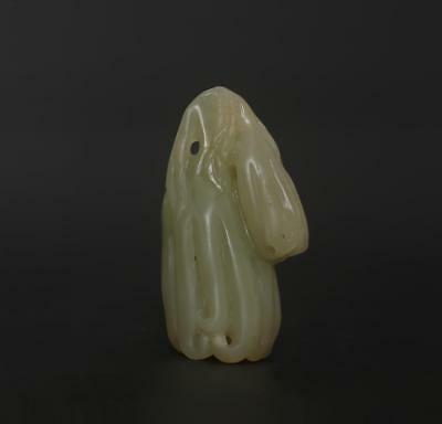 Antique Chinese Carved Natural Nephrite HeTian Jade Pendant Buddha'hand