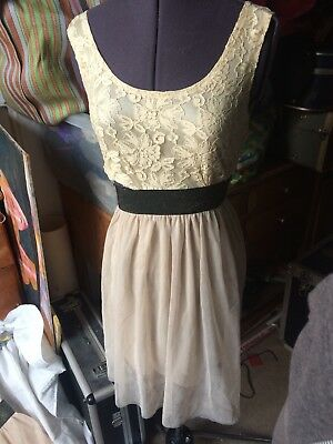 Job Lot 10 Ladies/girls dresses, Mixed Sizes, Shop Seconds