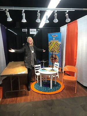 Trade Show - 10'x10' Cherry Flooring with Hard Multi-use Case
