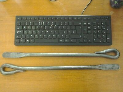 """2 x Matching Vintage """" Dunlop  TB20 """" Tyre Bars / Levers"""