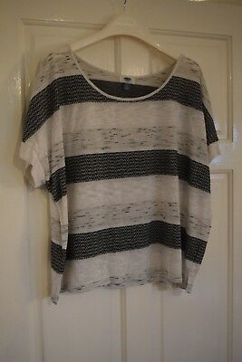 Ladies Old Navy, L, Grey and White Striped Top, 91% Polyester 9% Rayon USED
