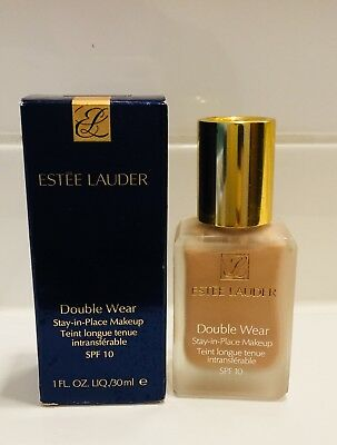 Estee Lauder Double Wear stay- in-place Make Up