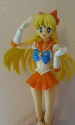 S.H. Figuarts Pretty Guardian Sailor Moon Sailor Venus Action Figure