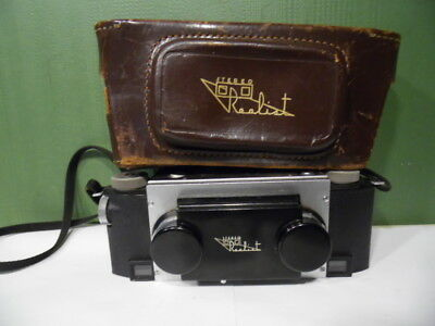 VINTAGE DAVID WHITE CO.REALIST STEREO 35mm FILM CAMERA WITH LEATHER CASE