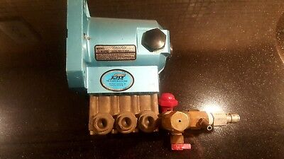 CAT PUMP 3DX30GSI - For Parts or Repair - Needs Valves & Seals But Works!