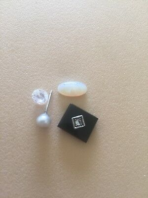 opal 1ct Pearl Earing Onyx With Unknown Stone