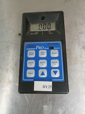 Rochester Instrument Systems/RIS AccuPro CL-4103 Voltage Calibrator - DY25