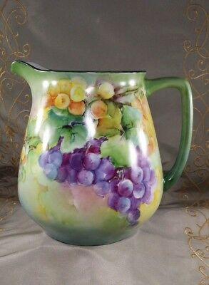VINTAGE PM Moschendorf WATER PITCHER 72oz HAND PAINTED Grapes STILL LIFE